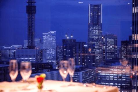 窓際の確約が可能なレストラン